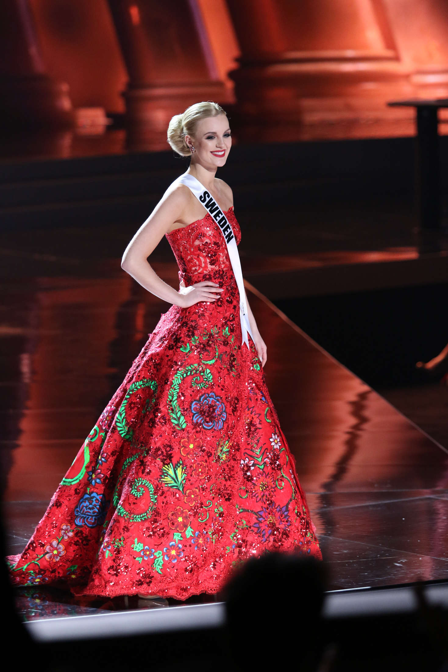 Paulina-Brodd:-Miss-Universe-2015-Prelim