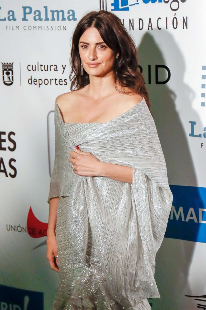Penelope Cruz - 27th Actors and Actresses Union Awards in Madrid