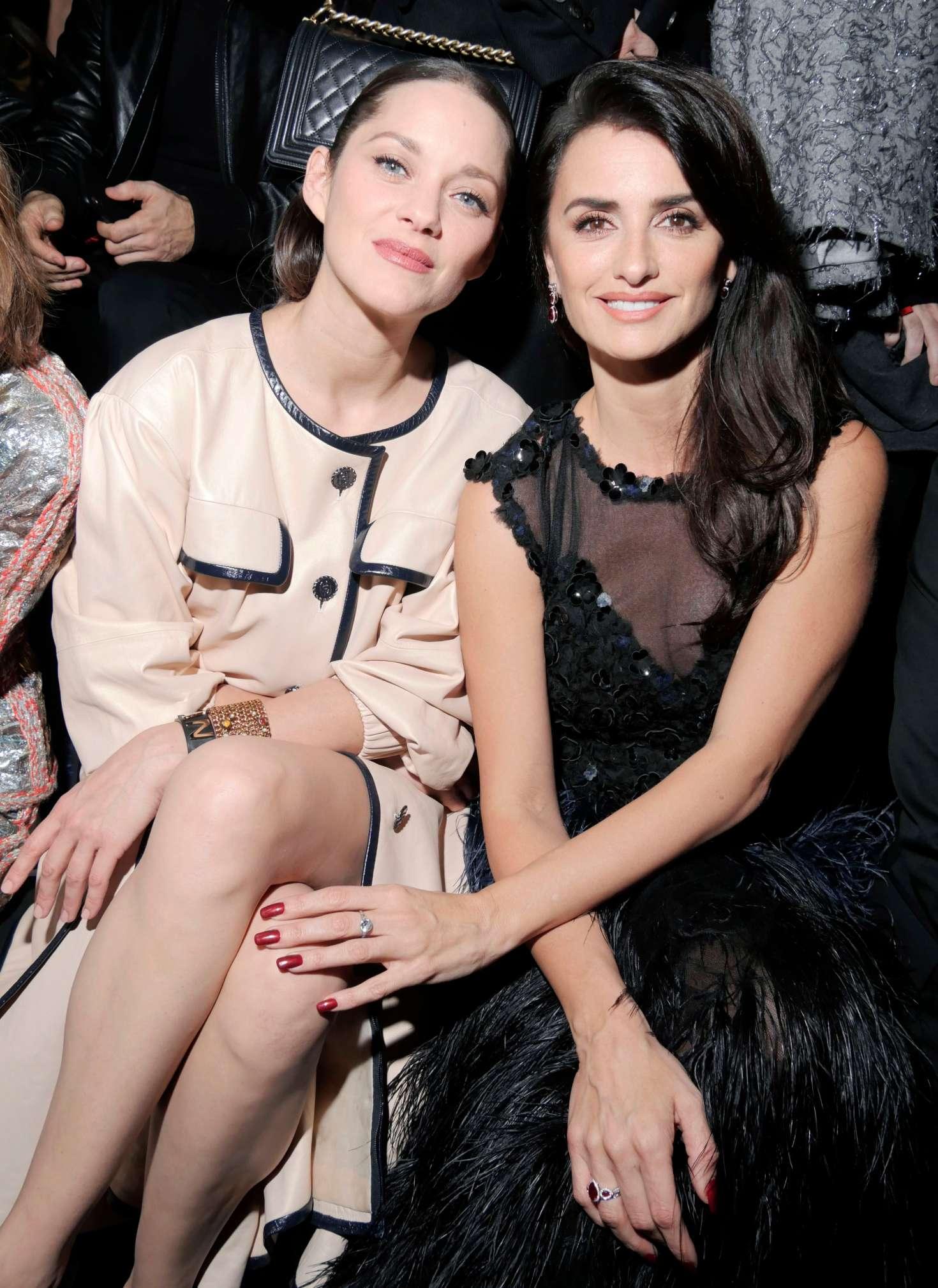 Penelope Cruz 2018 : Penelope Cruz: Chanel Metiers dArt Pre-Fall 2019 Fashion Show -08
