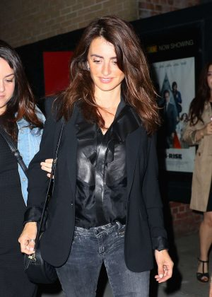 Penelope Cruz in Tight Jeans out in Manhattan