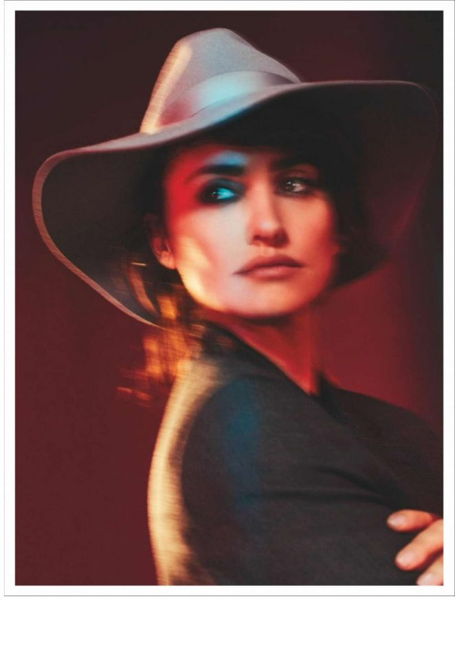 Penelope Cruz - InStyle Spain Magazine (February 2018)
