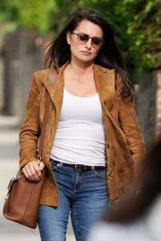 Penelope Cruz - On set of her new movie '355' in London