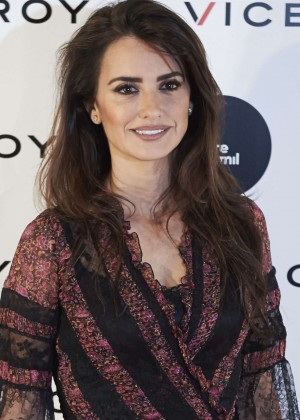 Penelope Cruz - Presents 'Soy Uno Entre Cien Mil' Documentary in Madrid