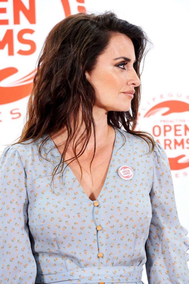 Penelope Cruz - Proactiva Open Arms Charity Dinner In Madrid