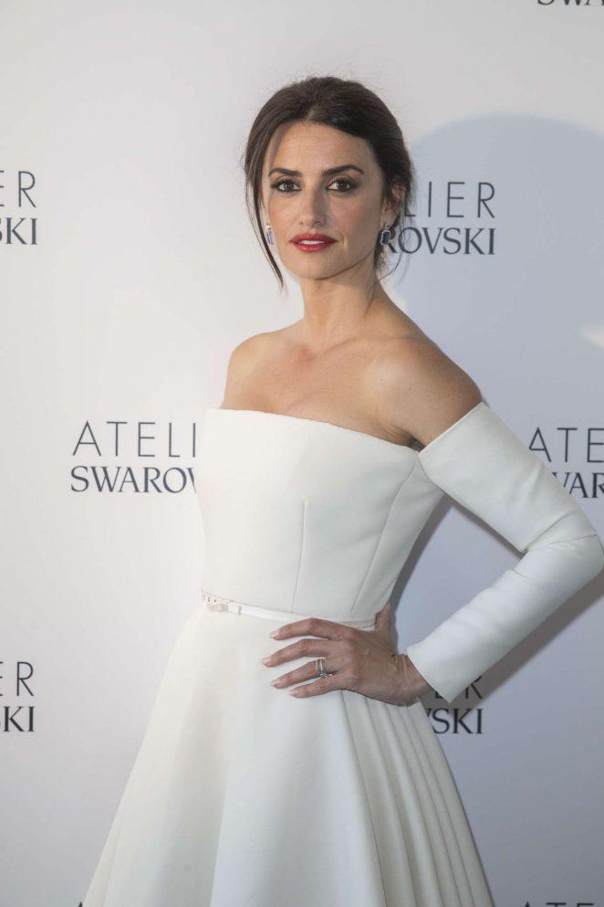 Penelope Cruz - Swarovski Studio Photcall at 2018 Cannes FilmFestival