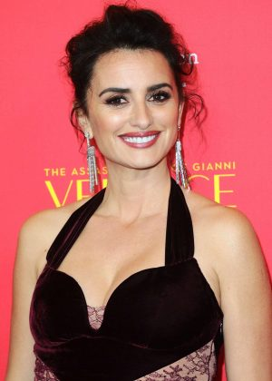 Penelope Cruz - 'The Assassination Of Gianni Versace:American Crime Story' Premiere in Hollywood