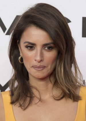 Penelope Cruz – 'Uno Entre Cien Mil' Photocall at Callao Cinemas ...