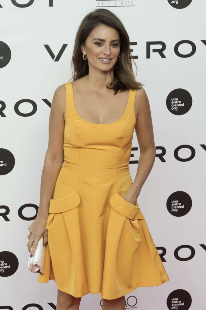 Penelope Cruz - 'Uno Entre Cien Mil' Photocall at Callao Cinemas in Madrid