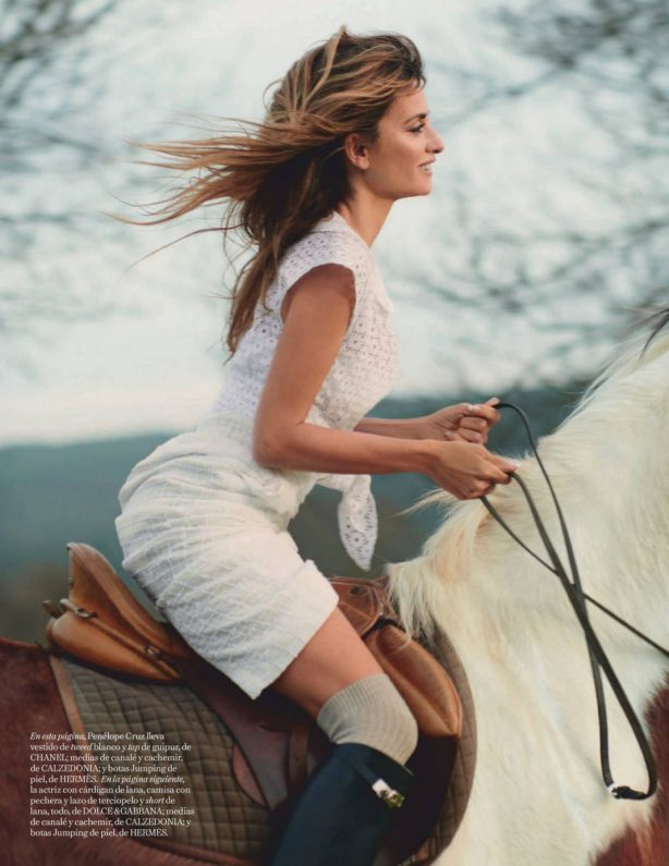 Penelope Cruz - Vogue Magazine Spain (January 2021)