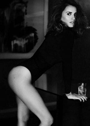 Penelope Cruz - Vogue Spain Magazine (December 2016)