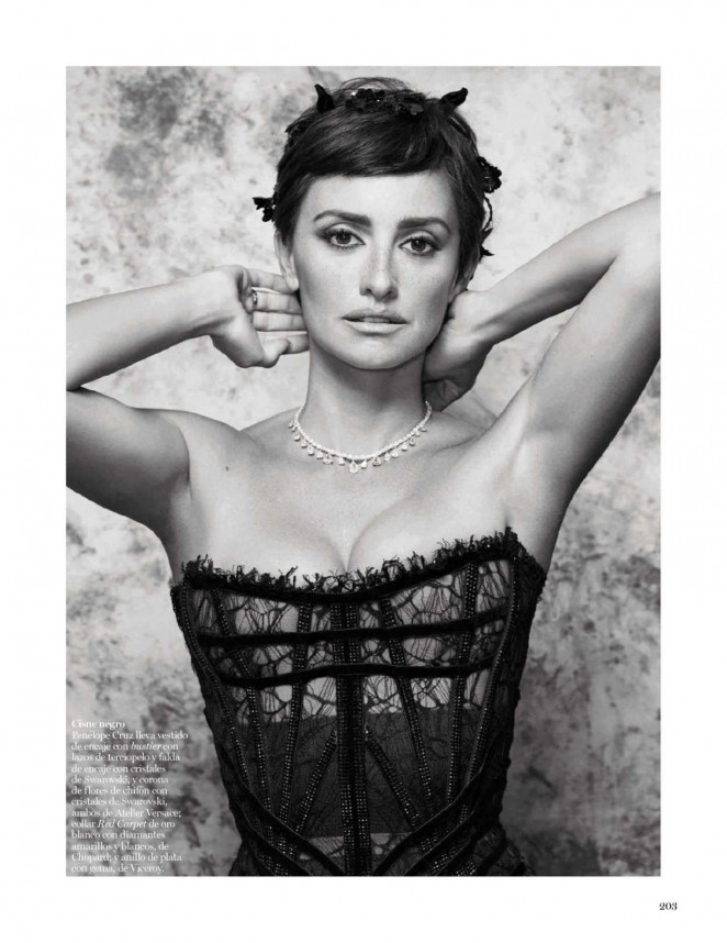 Penelope Cruz – Vogue Spain Magazine (September 2015)