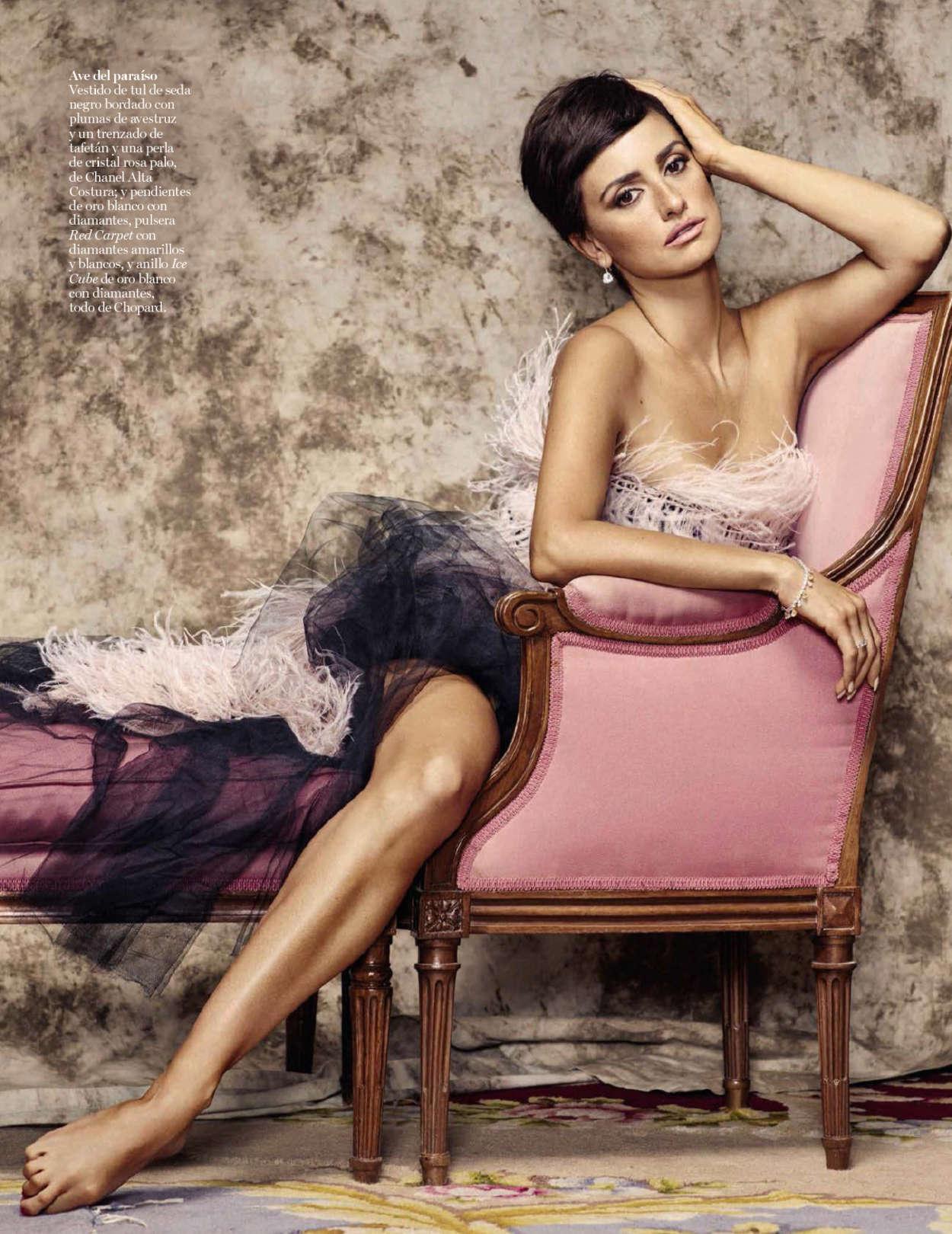 Penelope Cruz: Vogue Spain 2015 -08 - GotCeleb Penelope Cruz