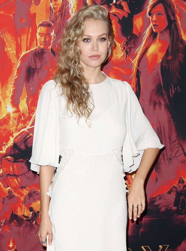 Penelope Mitchell - 'Hellboy' Premeire in New York