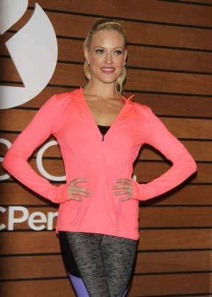 Peta Murgatroyd - Teach shoppers Dance Moves To Help Keep Active & Fit in New York