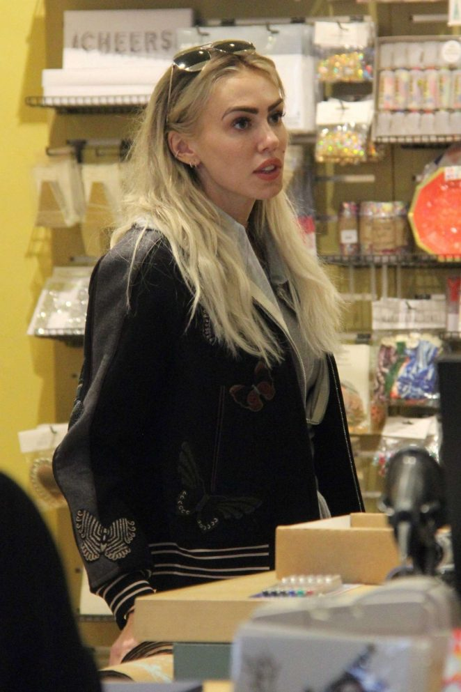 Petra Ecclestone - Shopping at Paper Source Stationery store in Beverly Hills