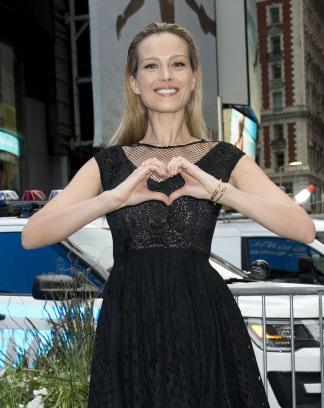 Petra Nemcova - Rings Nasdaq Closing Bell For Happy Hearts Fund Charity in NY