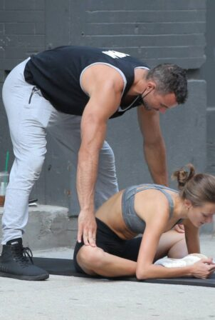 Peyton Knight - Seen at Dogpound Gym with her personal trainer in New York