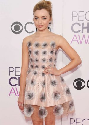 Peyton R List - 2017 People's Choice Awards in Los Angeles