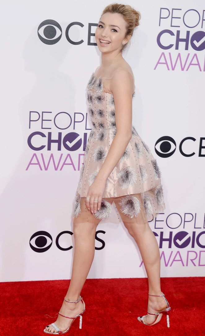 Peyton R List: 2017 Peoples Choice Awards -08