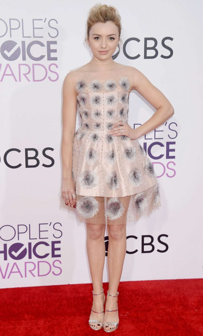 Peyton R List: 2017 Peoples Choice Awards -16