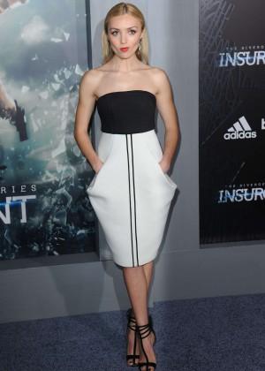 "Peyton R List - ""Insurgent"" Premiere in NYC"