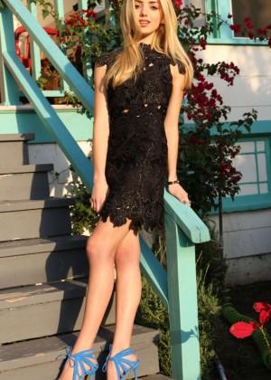 Peyton Roi List - Jennifer Cooper Photoshoot for Entertainment 2015