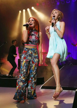 Peyton Roi List - Performing at the Greek Theater in LA