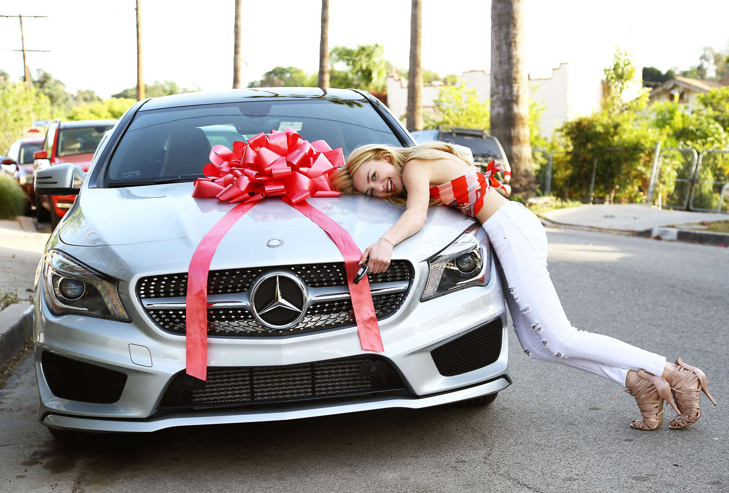 Peyton Roi List 2015 : Peyton Roi List With her 17th Birthday Present -22
