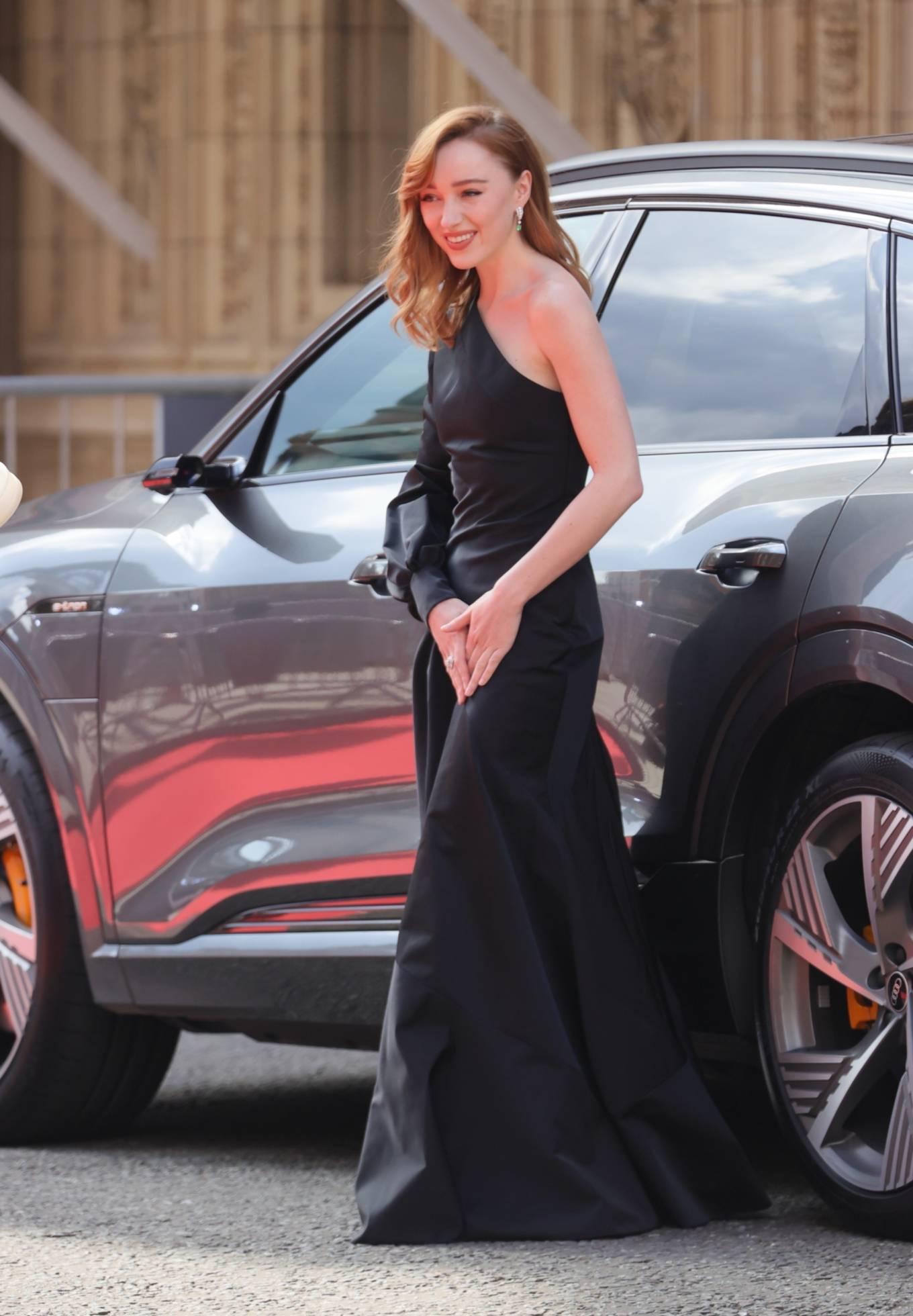 Phoebe Dynevor 2021 : Phoebe Dynevor – at the Royal Albert Hall for 2021 British Academy Film Awards in London-06