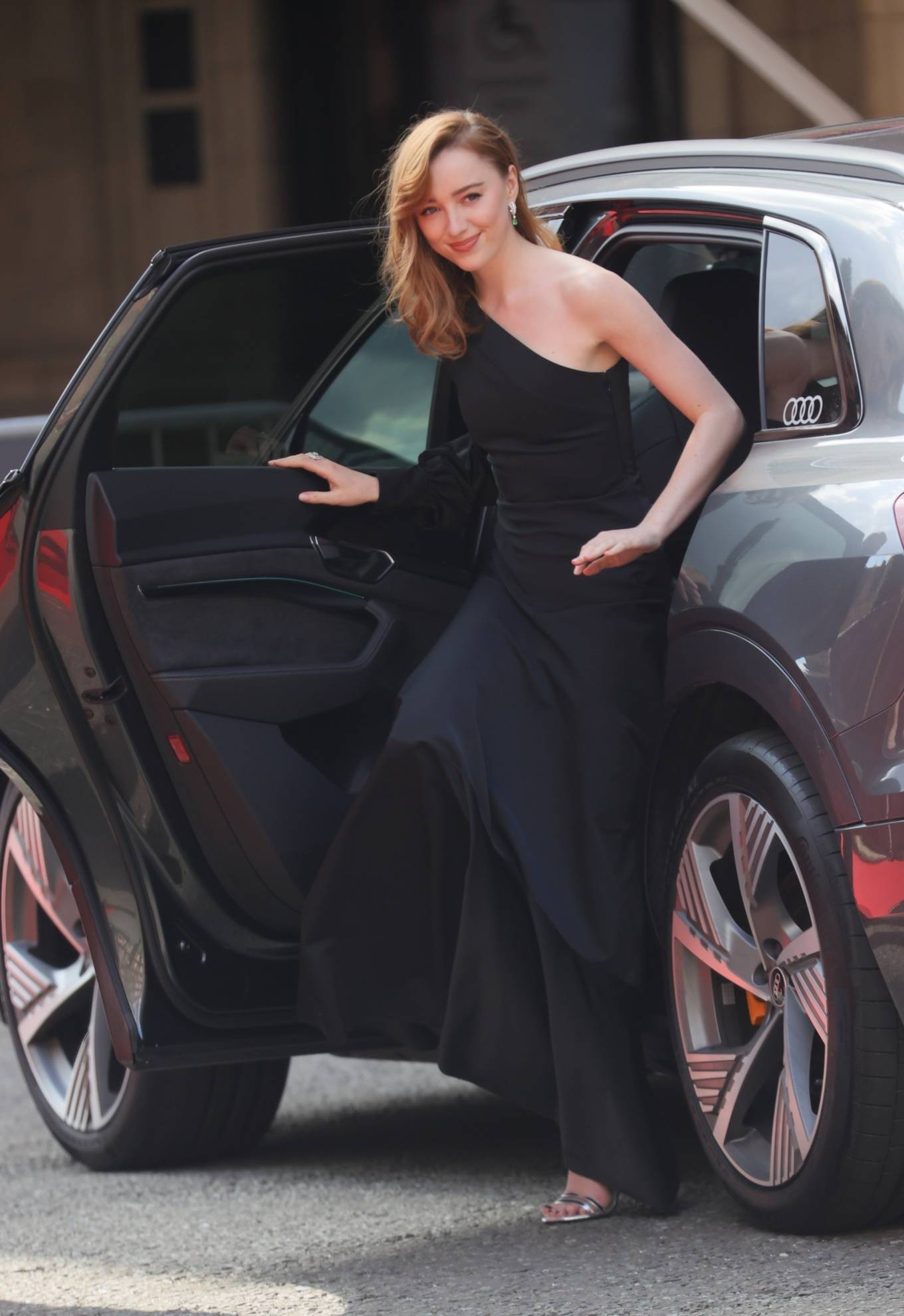 Phoebe Dynevor 2021 : Phoebe Dynevor – at the Royal Albert Hall for 2021 British Academy Film Awards in London-16