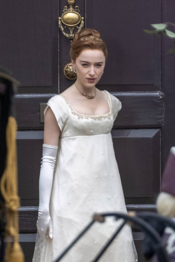Phoebe Dynevor - On the set of 'Bridgerton' season two at The Rangers House in Greenwich