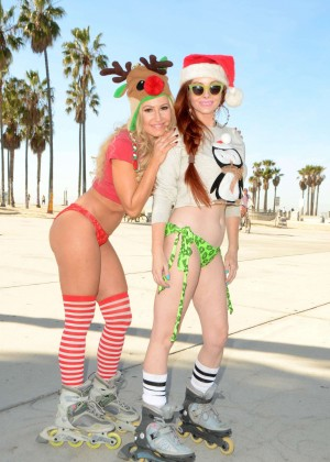 Phoebe Price and Ana Braga in Bikini Rollerblade in Venice Beach