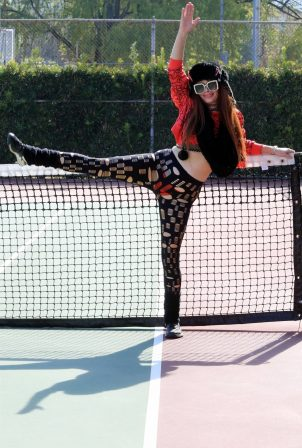 Phoebe Price - Posing at the tennis court on Saturday in Los Angeles