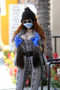 Phoebe Price - Wear her own custom Mask in Beverly Hills