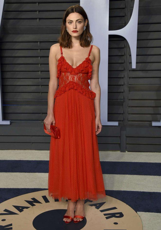 Phoebe Tonkin - 2018 Vanity Fair Oscar Party in Hollywood
