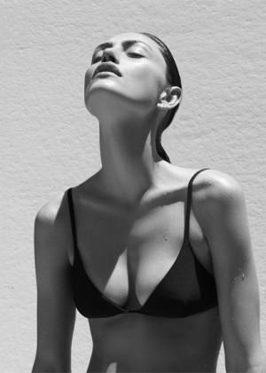 Phoebe Tonkin: Matte Swim -05