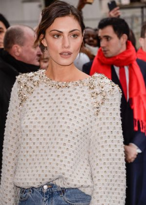 Phoebe Tonkin - Chanel Show at 2017 PFW in Paris