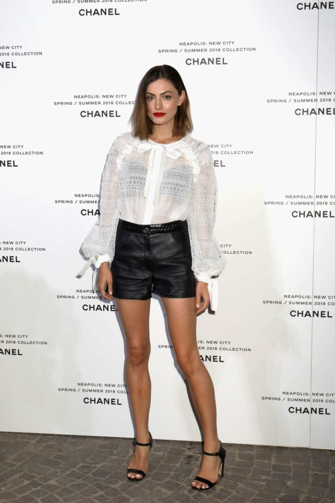Phoebe Tonkin - Launch of Lucia Pica's Chanel S 2018 Make up Collection in Naples