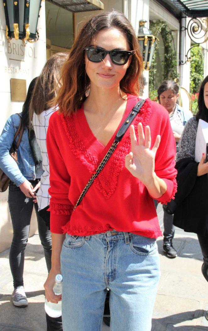 Phoebe Tonkin - Leaving her hotel in Paris