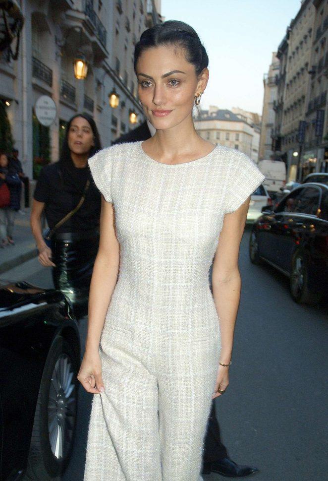 Phoebe Tonkin - Leaving the Bristol Hotel in Paris