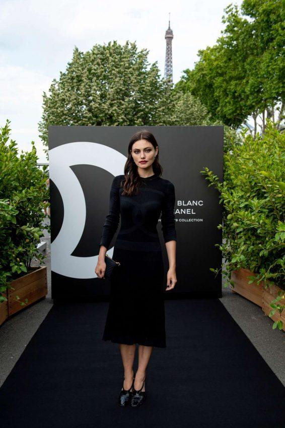 Phoebe Tonkin - Noir et Blanc de Chanel FW 2019 Makeup Collection in Paris
