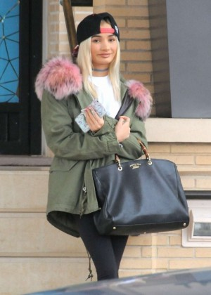 Pia Mia Goes Shopping in Beverly Hills