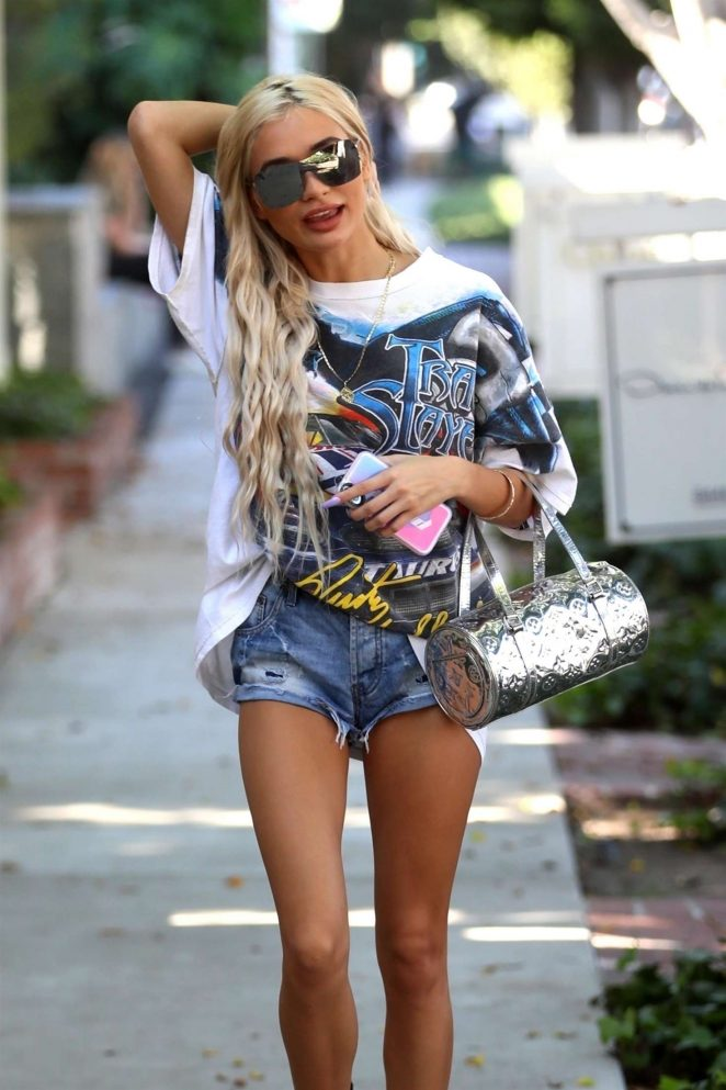 Pia Mia Perez in Shorts - Shopping on Melrose in West Hollywood