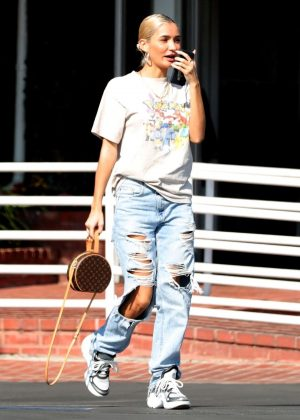 Pia Mia Perez - Leaving Fred Segal in Los Angeles
