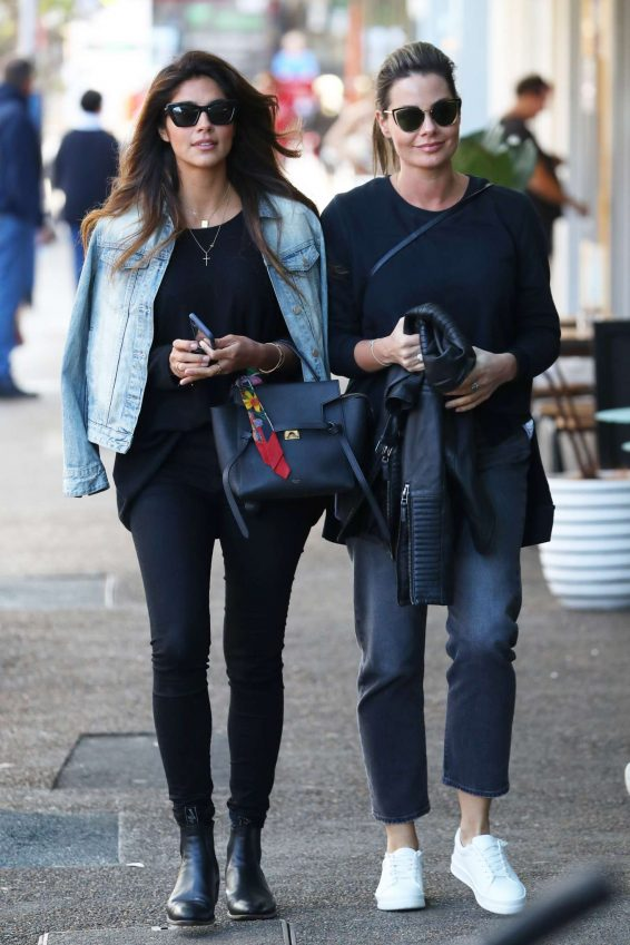 Pia Miller with girlfriend heading out for lunch in Bondi