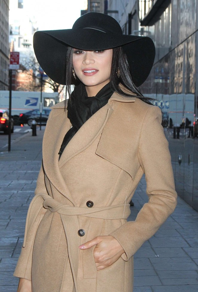 Pia Wurtzbach - Leaving 'Good Day New York' in NYC