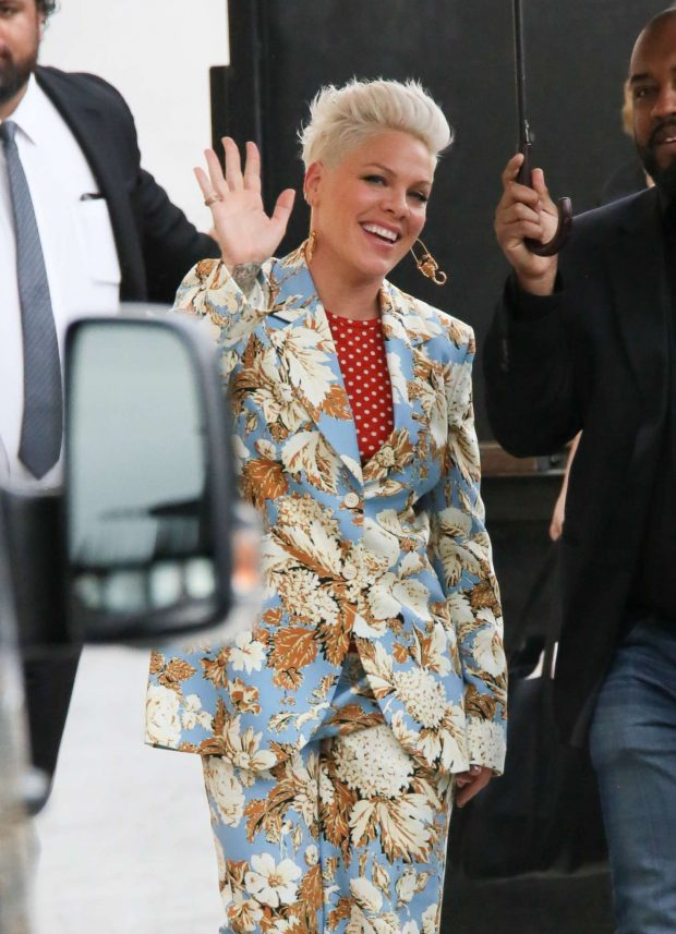 Pink - Arrives at 'Jimmy Kimmel Live' in Los Angeles