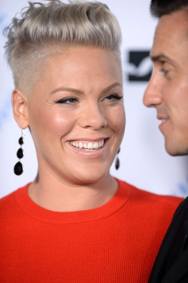 Pink: Autism Speaks To Los Angeles Celebrity Chef Gala -04