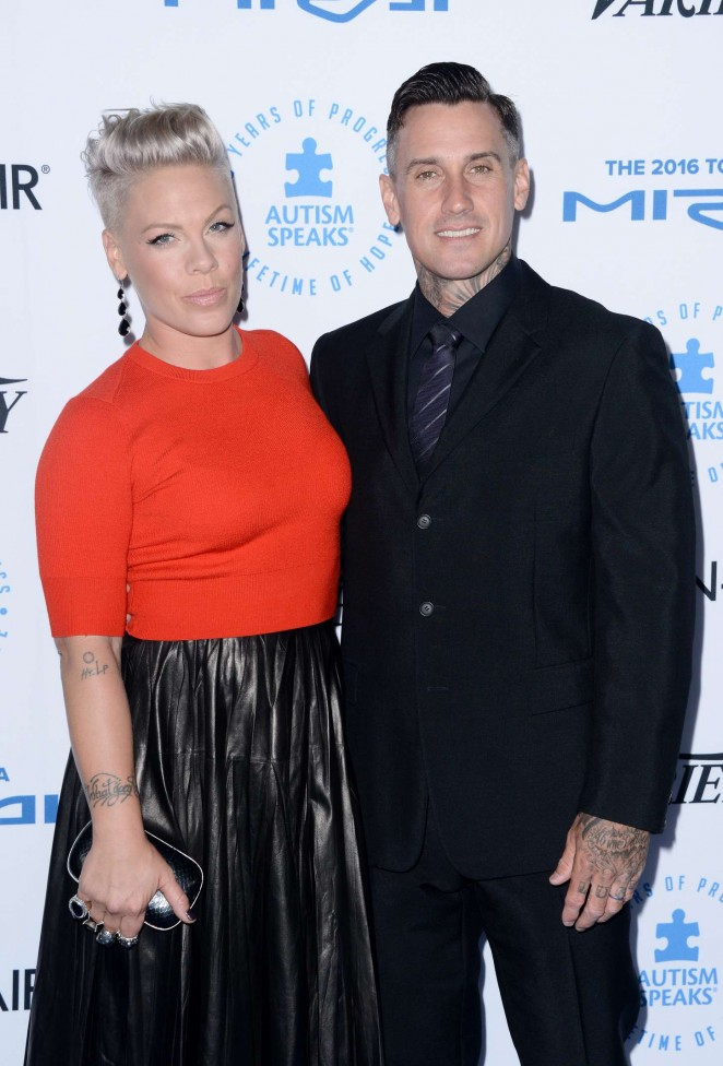Pink: Autism Speaks To Los Angeles Celebrity Chef Gala -08