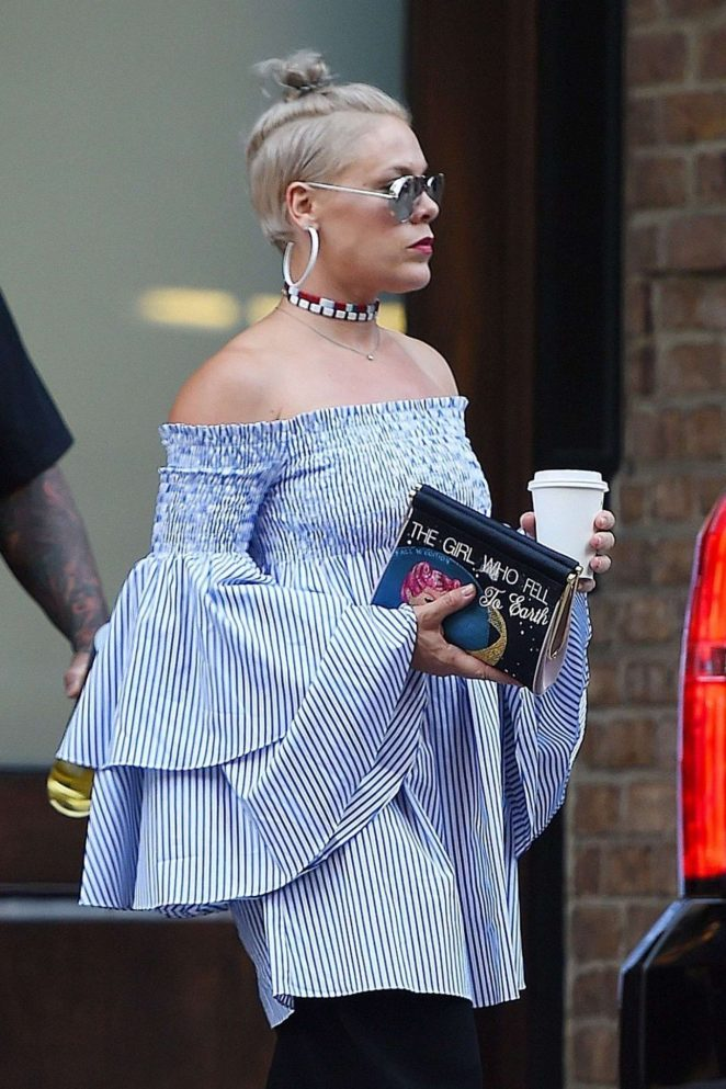 Pink - Leaving Her Hotel in New York
